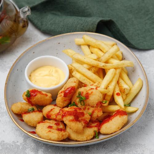 Креветки темпура и картошка